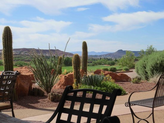The Inn at Entrada: View from Golf Club