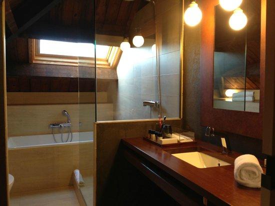 Hotel Primero Primera: Ванная комната