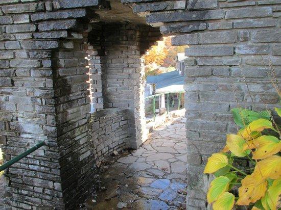 Nantahala Village : Waterfall