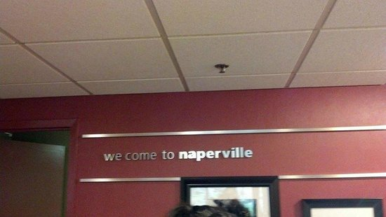 "Hampton Inn Chicago Naperville: Missing ""l"""