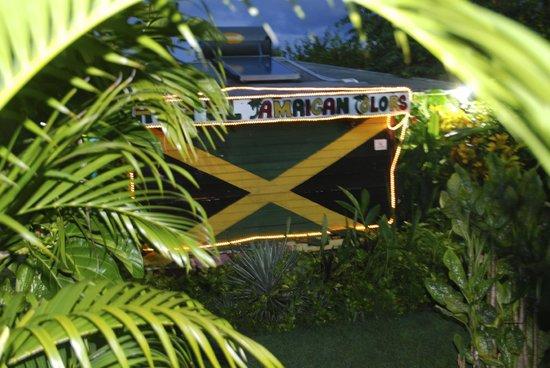 Hotel Jamaican Colors: New 2013 Design, 10th anniversary