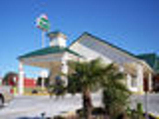 Regency Inn and Suites: Regency Inn & Suites