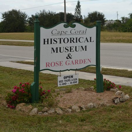 Cape Coral Historical Museum: Street sign.