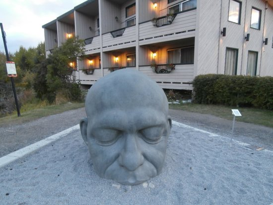 The Drake Inn: Our room behind The Big Head (Celtic  - Canmore)