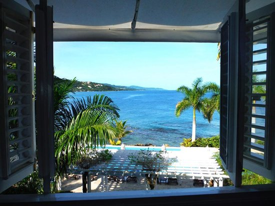 Round Hill Hotel & Villas: room with a view!