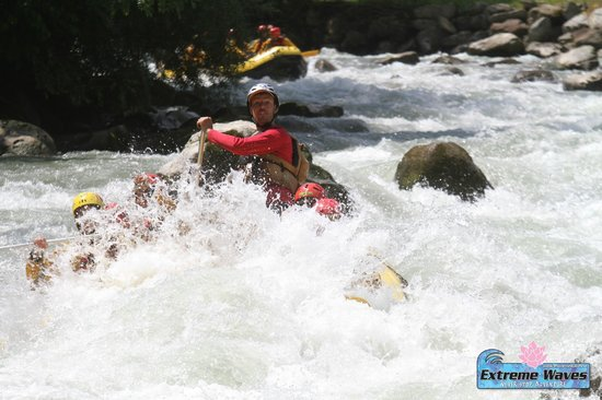 Extreme Waves Centro Rafting in Val di Sole: Rafting Noce