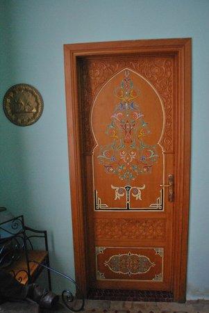 Ryad Dar Karima : Acceso al baño de la Habitación Doble Fairuz.