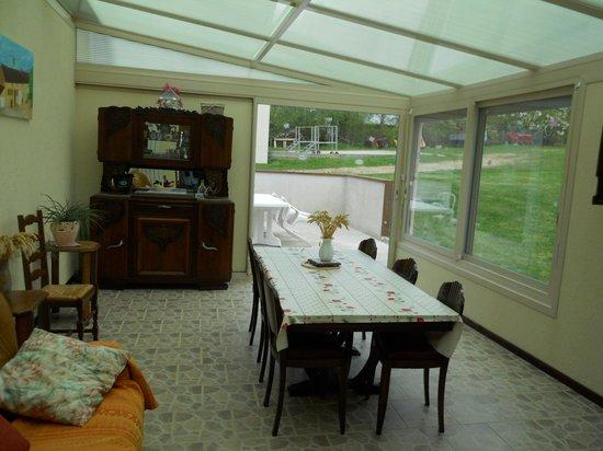 Armalou : breakfast room