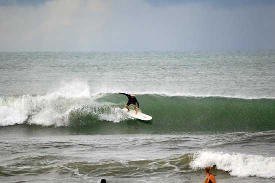 Costa Rica Surf Camp: CRSC will also take awesome pictures of you surfing!