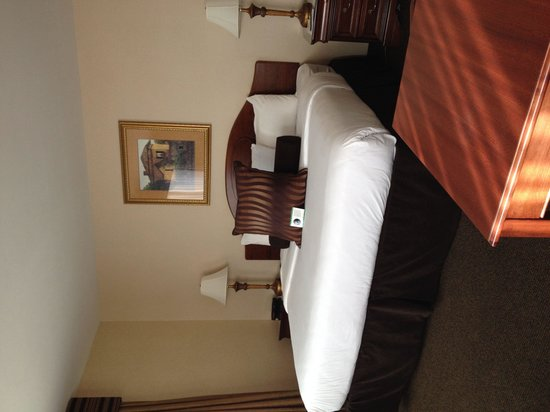 Park Place Hotel: Comfy bed!