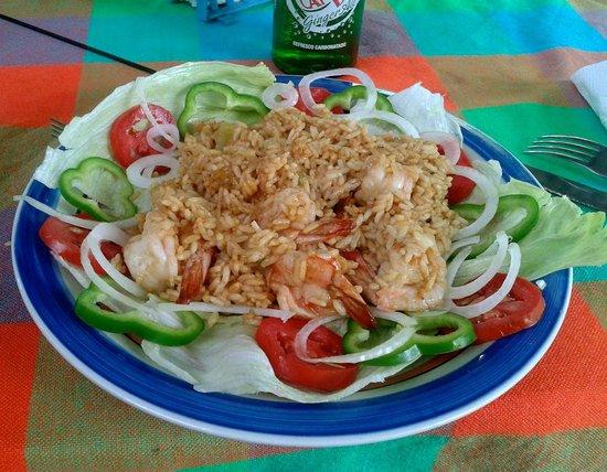 Vamos a Ver: Rice with shrimps
