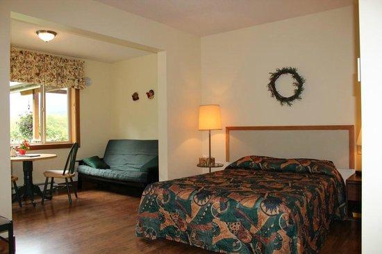 Kiwi Cove Lodge: Room #4