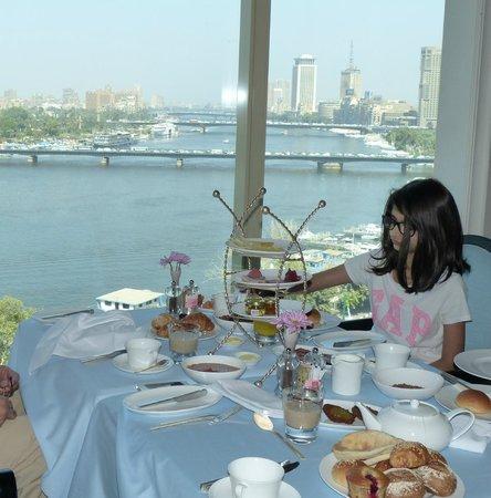 Kempinski Nile Hotel Cairo: Breakfast