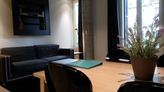Angla Luxury Apartments Passeig de Gracia: canapé lit