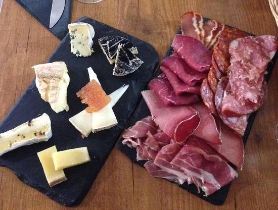 La Cave A Fromage: Cheese & Charcuterie Plates