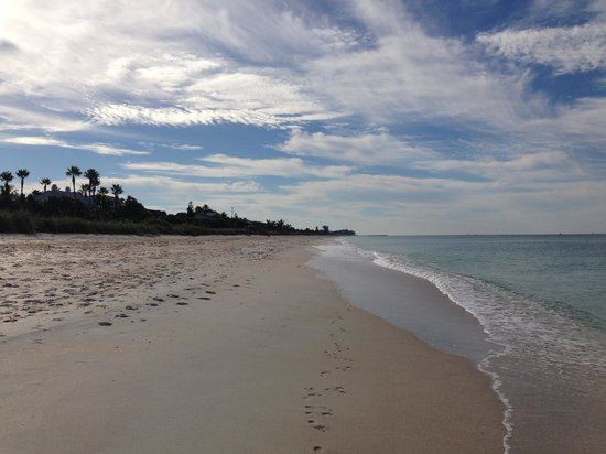 A Beach Retreat on Casey Key: Beauty, serenity and privacy