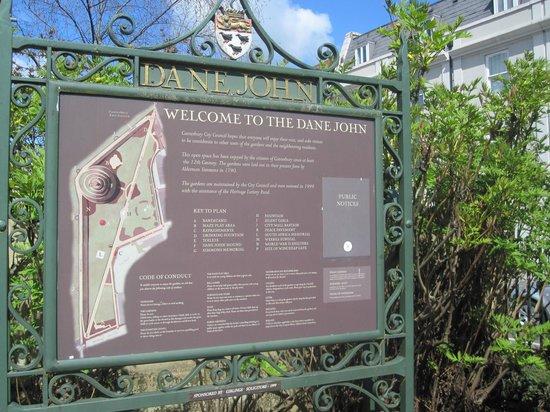 Dane John Gardens (Canterbury) - 2020 All You Need to Know ...