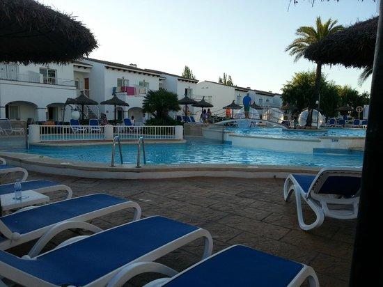 Seaclub Mediterranean Resort: Вид на блок В12