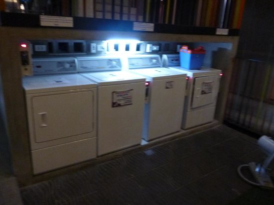 Lub d Bangkok Siam : Laundry Facilities
