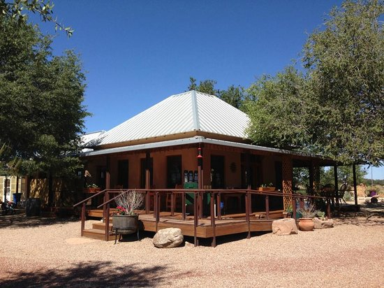Sunglow Ranch - Arizona Guest Ranch and Resort: Restaurant