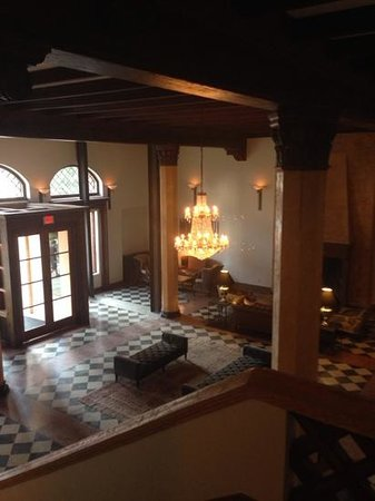 Hotel Normandie: the lobby