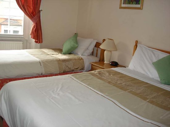 The Red House : Triple room ensuite
