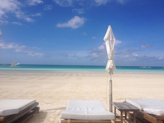 Fridays Boracay Resort : Playa