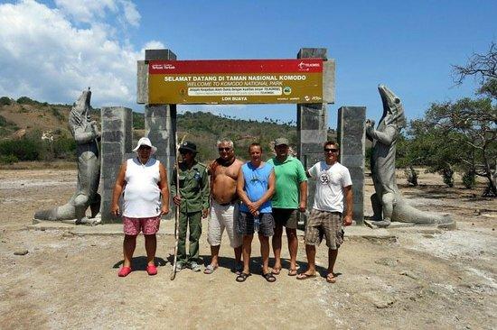 Bajo Dive Club: Rinca trip to see the dragons