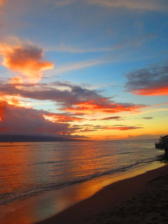 Banana Bungalow Maui Hostel: Saw lots of epic sunsets