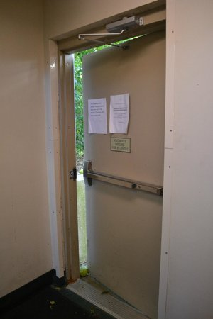 Crossland Economy Studios - Lexington - Patchen Village: Door propped open