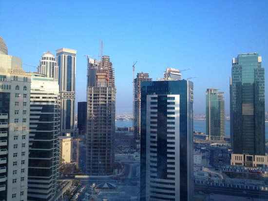 Movenpick Hotel West Bay Doha: City view from Room 2107