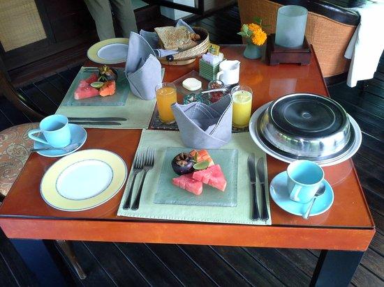 The Pavilions Bali: Завтрак в номер