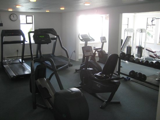 Rosario Resort and Spa: Fitness Room.