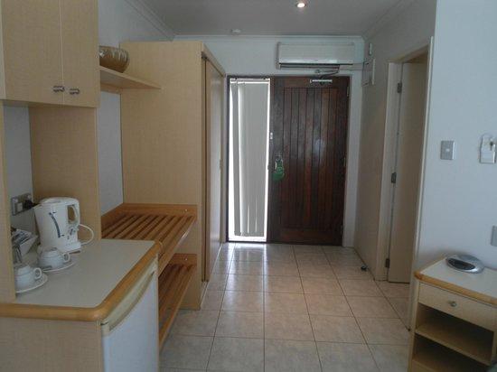 Muri Beach Club Hotel: Room