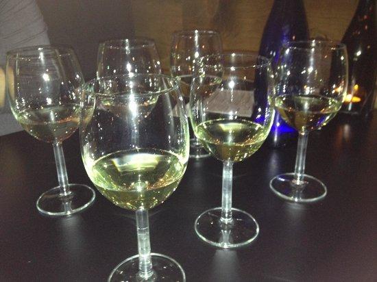"""Must Kitchen & Wine Bar: Two wine flights; """"Whites"""""""