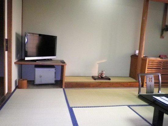 Higaki Hotel: 掃除は行き届いている