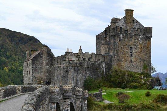 Bruce's Scotland Tours: Eilean Donan Castle