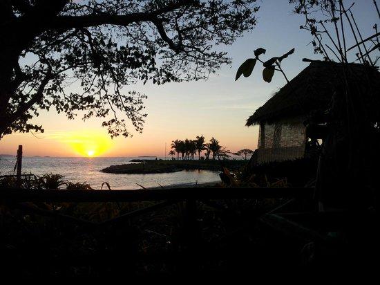 First Landing Beach Resort & Villas: Sunset