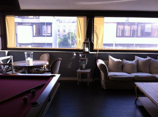 The B Place: Sala comune