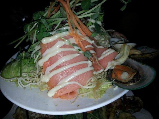 toscani: Smoke salmon on seafood platter