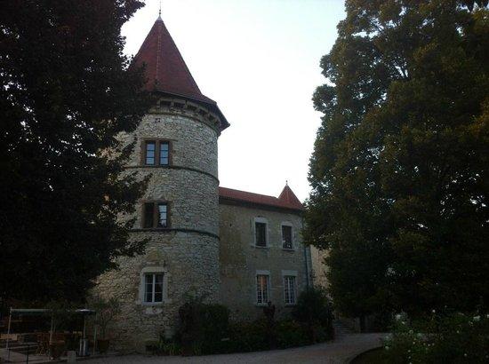 Chateau Chapeau Cornu : Vue extérieure