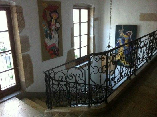 Chateau Chapeau Cornu : L'escalier intérieur partie haute