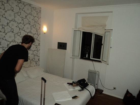Oasis Hostel : big room