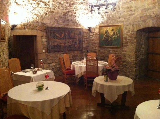 Chateau Chapeau Cornu : La salle de restaurant