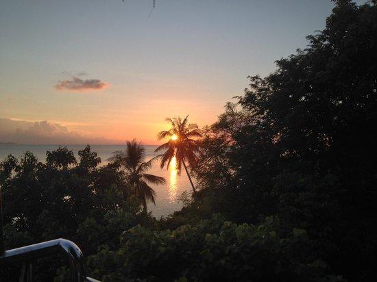 Blue Hill Beach Resort: Sunset from Elevator