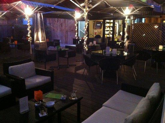 H10 Itaca Hotel: Terrasse le soir