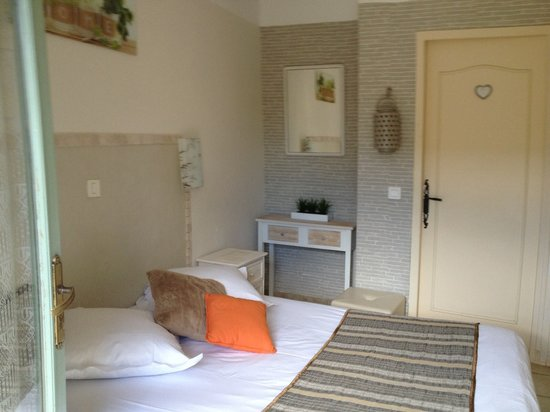 Auberge des Pins : chambre 2 pers