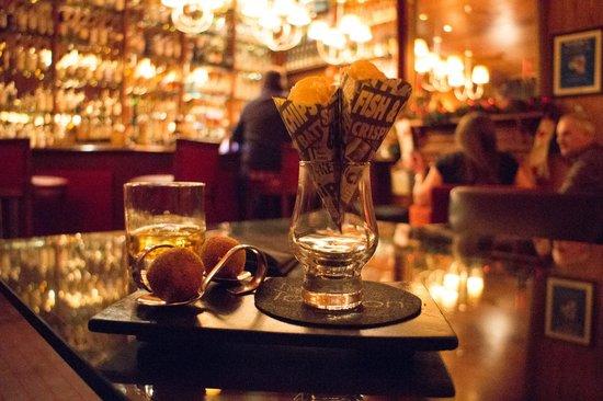 The Torridon: Bar