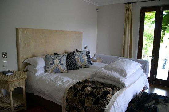 L'Avenir Country Lodge: großes Doppelbett