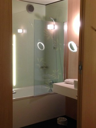 Mercure Valenciennes Centre Hotel : chambre prestige